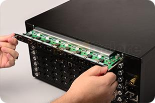 Gefen-Modular-HDMI-Matrix-Hands